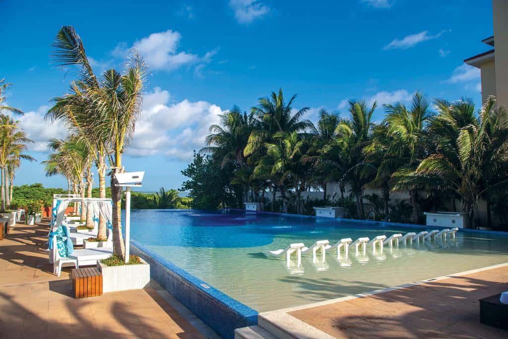 Now Emerald Cancun3