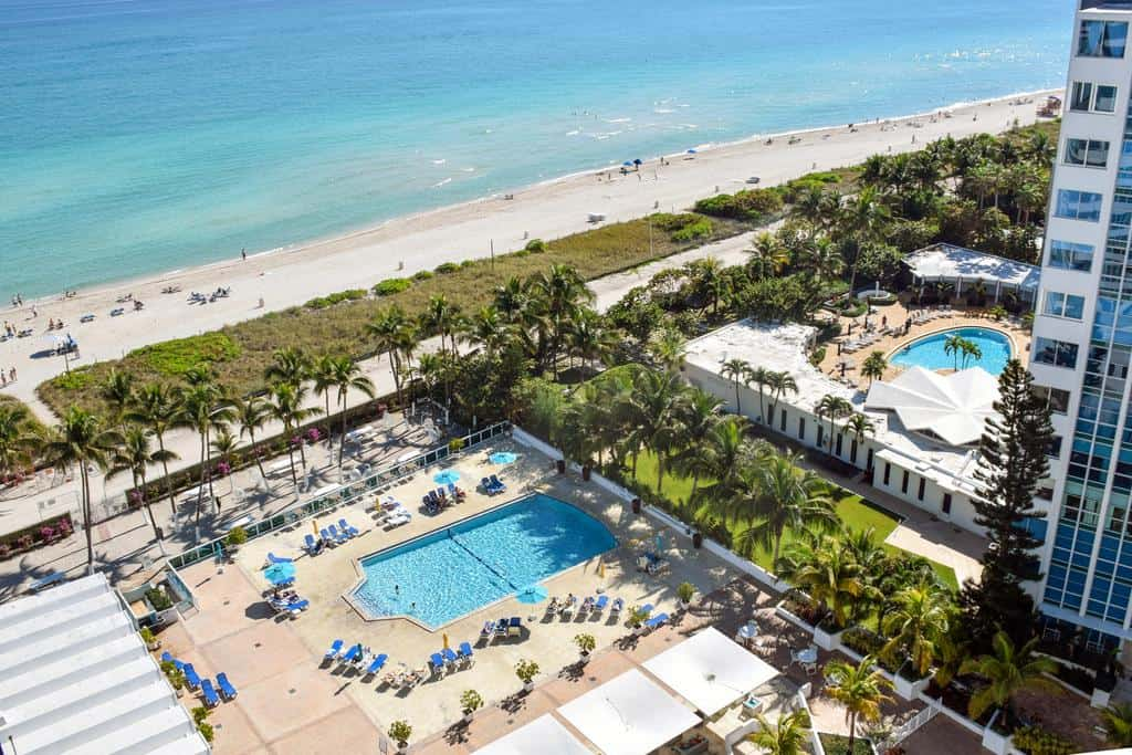 4* Hotel on Miami Beach for only US$ 150 / night / suite (80% off) 3